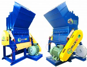 เครื่องบดพลาสติก 20-200 แรงม้าพร้อมสกรูลำเลียง (Crusher machine with Screw Conveyor)